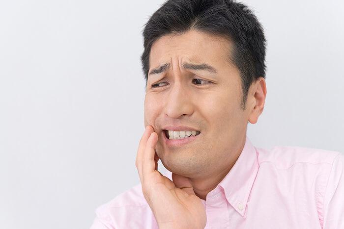 全身にも影響を及ぼす顎関節症と歯ぎしり